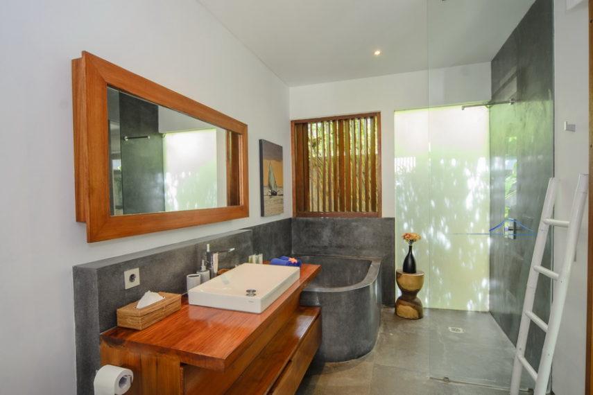Siang 3 bedrooms luxury villa resize Umalas Bali (3)