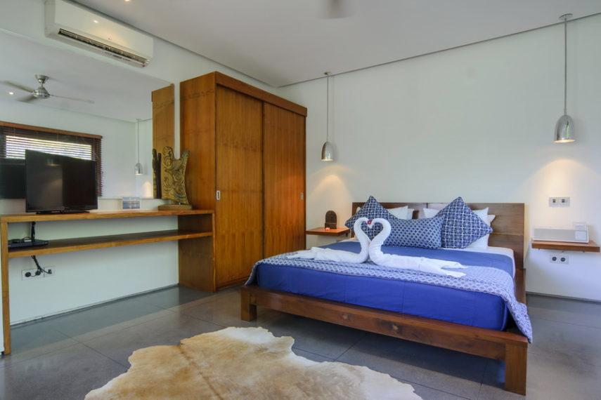 Siang 3 bedrooms luxury villa resize Umalas Bali (7)