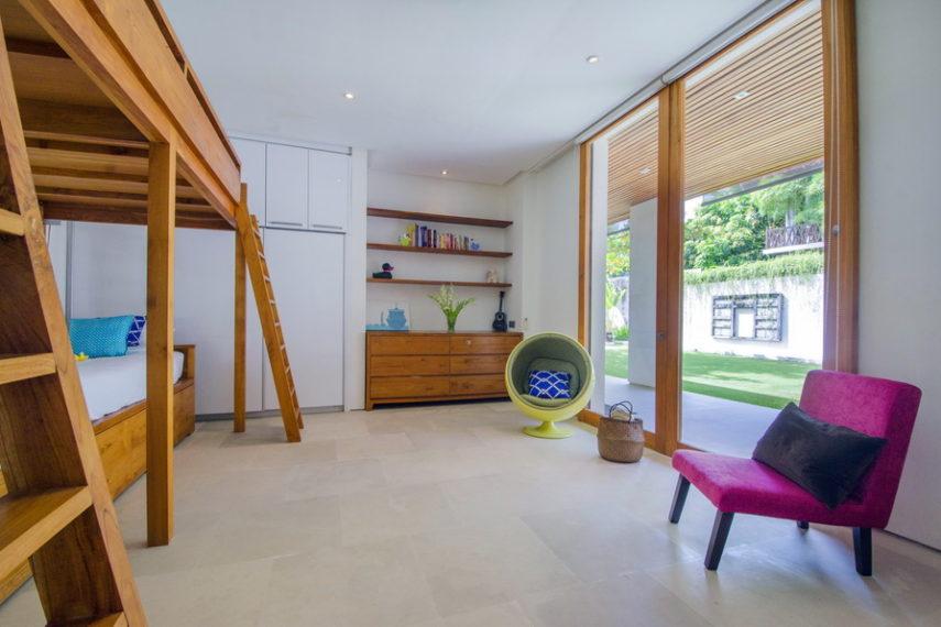 18 bd luxury villa (18)