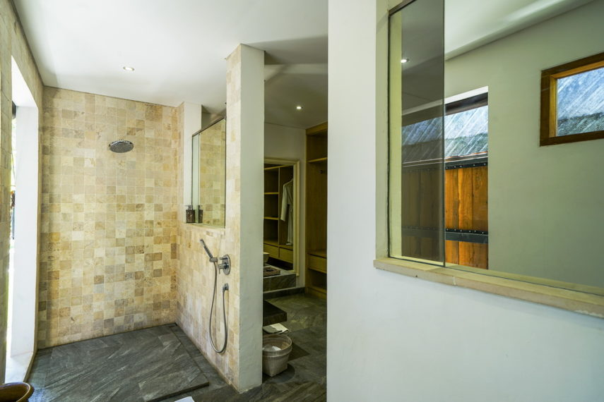 Bathroom1(3)