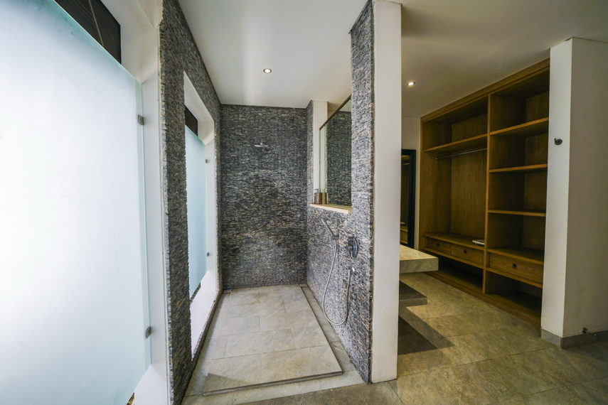 Bathroom3(2)
