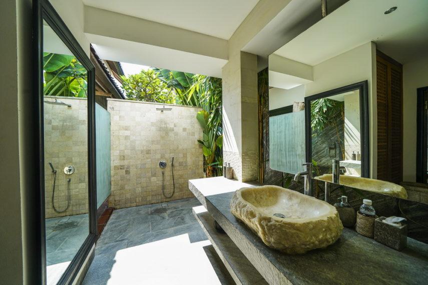 Bathroom4(1)
